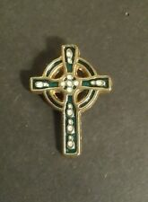 "CELTIC CROSS LAPEL PIN 1 1/4"" X 7/8"" GOLDTONE GREEN"