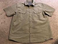 REI R.E.I. Rugged Green Plaid Casual Short Sleeve Button Down Shirt mens XL