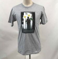 Obey Men's T-Shirt Flower Cop Heather Grey Size M NWT Police Daisy Roses