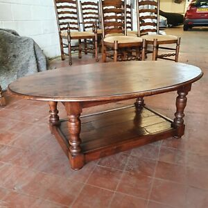 STUNNING LARGE SOLID OAK POT-BOARD COFFEE TABLE/LOUNGE TABLE/PLASMA TV STAND
