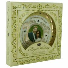Royal Wedding 2018 15 cm Gold Gilded Plate and Stand Prince Harry  Meghan Markle