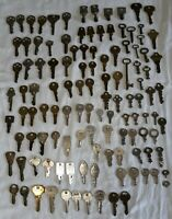 (118): Vintage Key Lot (Flat Keys, Skeleton Keys, Lock Keys, Samsonite