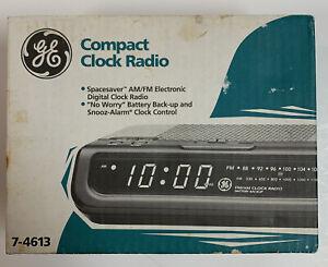 GE 7-4613 Spacesaver Clock Radio Electronic Digital Alarm Clock Brand New!
