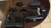 Xbox 360 Slim 250GB Nera + Kinect +2 JOYSTICK WIRELESS + videogiochi usata