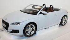 Voitures, camions et fourgons miniatures MINICHAMPS pour Audi 1:18