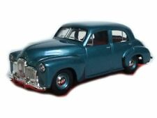1948 48/215 Holden Sedan in 1/43 Scale by TRAX TR15D
