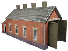 Metcalfe PO331 Brick Single Track Engine Shed (OO scale card kit)