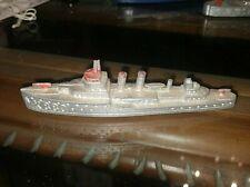 Vintage Tootsietoy Military Destroyer K880 Die Cast Metal Ship