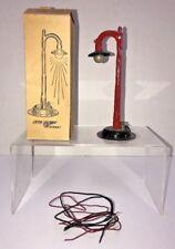 VINTAGE  LOUIS MARX  # 419 SINGLE LIGHT LAMP POST - O GAUGE