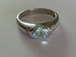 MAGNIFICENT AQUAMARINE & DIAMOND RING IN 18K WHITE GOLD