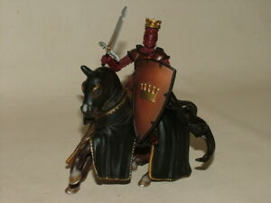 VINTAGE SCHLEICH 2003 KNIGHTS HORSE & PAPO 2007 ROYAL KING & SWORD ACTION FIGURE