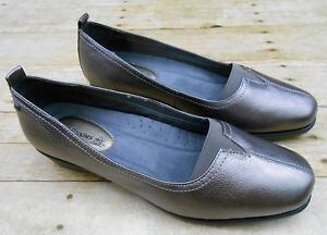 HUSH PUPPIES Leather Comfort Shoes Women's 9.5 M Slip On Pewter Pearl Carlisle