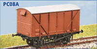 BR 12 ton Goods Van Plywood sides - OO gauge - Parkside PC08A - free post