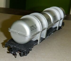 Gilbert  HO scale Metal Flat Car - Illinois Central  w/ 2 Turbo Jet Engine Loads