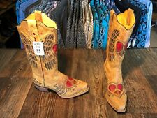 Ladies Cowtown western boot.  Tan with Heart and Wings design.