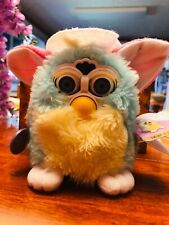 Spring Furby (70-880) Tiger Electronic LED Blue Pink Bonnet 1998 2000 with Tags!