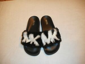 N/WO/B Michael Kors Gilmore Slide Faux FurSandals BLK/OPTIC/WHT Size 6m