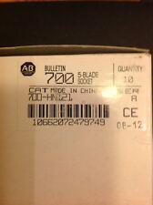 New! Box Of 10 - Allen Bradley 700-HN121 RELAY SOCKET - 5 BLADE