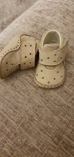 BABY GIRLS CLARKS PRAM SHOES AGE O-3MTHS EXC COND