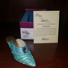 Enchanted Just The Right Shoe By Raine #25171 New In Box 2002