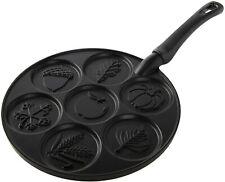 New listing Autumn Leaves Pancake Pan, Black