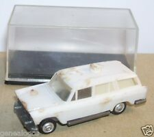 OLD 1960 MICRO EKO HO 1/86 1/87 MADE SPAIN FIAT 1800 FAMILIALE AMBULANCE IN BOX