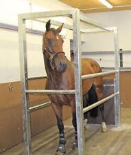 Profi Untersuchungsstand für Pferde Behandlungsstand Fixierungsstand Pferd