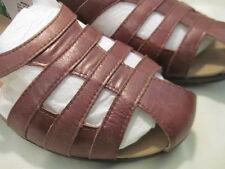 Women's size 10 M Propet Chestnut Leather Sandals
