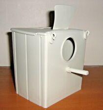 2 x FINCH PLASTIC BREEDING NEST BOXES BEIGE- ROUND HOLE