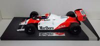 MINICHAMPS 1/18 NIKI LAUDA F1 MCLAREN FORD MP4/1C GP USA 1983 WITH DECAL TOBACCO