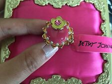 Betsey Johnson Vintage Paris Pink Cupcake Yellow Flower Dessert Stretch Ring