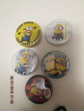 "Minion pinback buttons (5) assorted designs 1""  New"