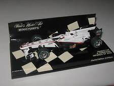 1:43 Sauber C29 2010 K. Kobayashi Japanese GP 410100223  Minichamps OVP NEW