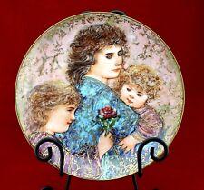 "EDNA HIBEL Mother's Day Collector Plate ""Elizabeth,Jordan & Janie"" Ltd Edition"