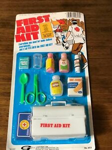 FIRST AID KIT PLAY SET ~ STILL SEALED ON THE CARD ~ 1988 ~ COLLECTIBLE!