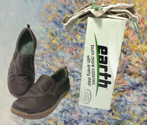 Earth Kalso Healthy Shoe 8.5 B Negative Heel technology Leather Brown with Box