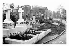 pt9544 - Old Cemetery , Cleckheaton , Yorkshire - photograph