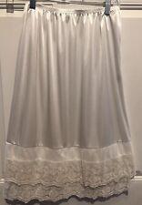 Ladies O2 Collection  Slip  Girl Ivory Waist 30 VTG