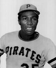 OLD LARGE BASEBALL PHOTO MLB Manny Sanguillen of the Pittsburgh Pirates 1970