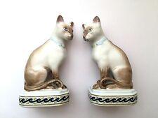 Vintage Pair Of Porcelain Siamese Burmese Cats Mantel Statues Ornaments