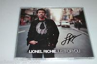 LIONEL RICHIE JUST FOR YOU MAXI CD MIT ORIGINAL AUTOGRAMM AUF DEM COVER