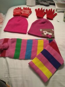Scarf , 2 Hats 2 Pairs Of Gloves For Girls Size 3-6