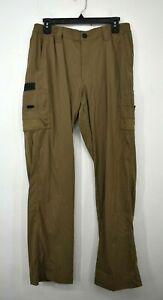 Magellan Outdoors Men Flat Front Straight Leg Elastic Waist Fish Gear Cargo Pant