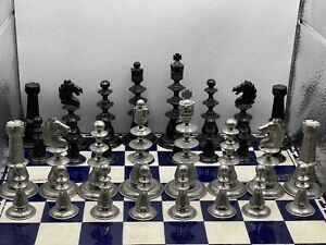 VINTAGE STUDIO ANNE CARLTON (SAC) CLASSIC METAL CHESS SET. ONE OF THE FIRST MADE