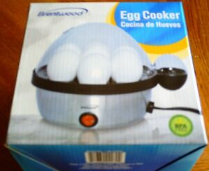 BRENTWOOD TS-1040S Electric 7 Egg Cooker Auto Shut Off 400 Watts, Brand New