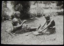 Glass Magic Lantern Slide ZULU WOMEN GRINDING SNUFF C1910 PHOTO AFRICA TRIBAL