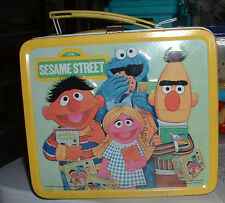 SESAME STREET METAL LUNCH BOX 1979 MUPPETS W/THERMOS