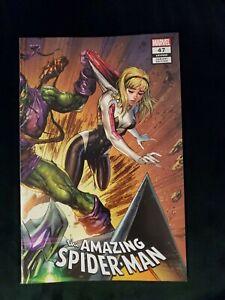 AMAZING SPIDER-MAN #47 TYLER KIRKHAM CONNECTING EXCLUSIVE  SPIDER-GWEN 1