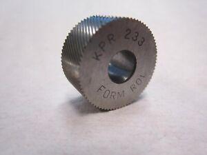 "KPR 233 Standard Shape Knurl Wheel Right-Hand Diagonal Pattern 3/4"" Diameter"
