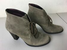 Clarks Tacón Alto (3 in o más alto) Zapatos Mujer 9.5 Talla